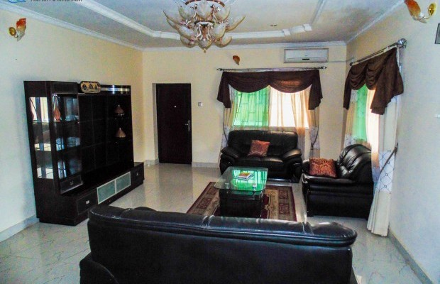 Photo #2 Self-Houses for rent in Sierra Leone, Spur Loop, 32w Kakay Drive