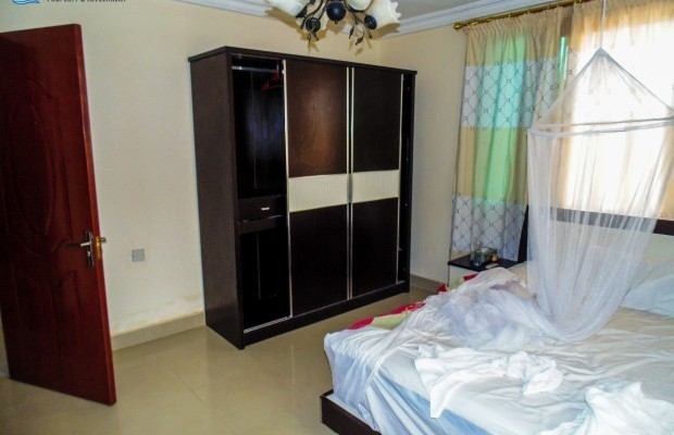 Photo #15 Self-Houses for rent in Sierra Leone, Spur Loop, 32w Kakay Drive