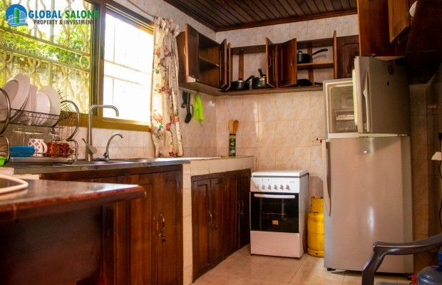 Photo #10 Apartments for rent in Sierra Leone, Spur Road, 38e Lower Pipe Line, off spur Road