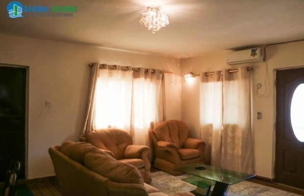 Photo #5 Multi-unit House for rent in Sierra Leone, 2a Up Barracks Road, Murry Town
