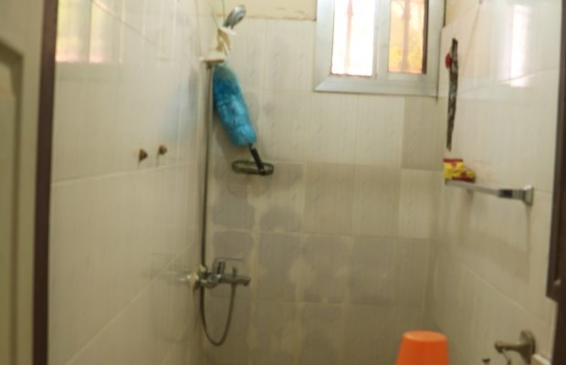 Photo #7 Multi-unit House for rent in Sierra Leone, 2a Up Barracks Road, Murry Town