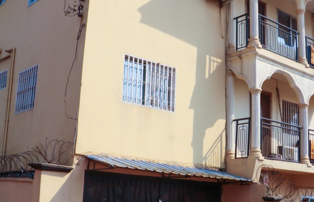 Photo #2 Multi-unit House for rent in Sierra Leone, 2a Up Barracks Road, Murry Town