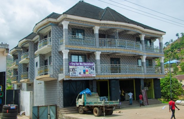 Photo #2 Multi-unit House for rent in Sierra Leone, Angola Town, 3 main motor Road, (New Jersey) Peninsular