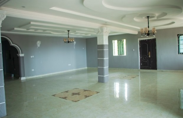 Photo #4 Multi-unit House for rent in Sierra Leone, Angola Town, 3 main motor Road, (New Jersey) Peninsular