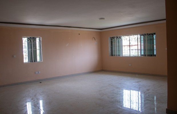 Photo #9 Multi-unit House for rent in Sierra Leone, Angola Town, 3 main motor Road, (New Jersey) Peninsular