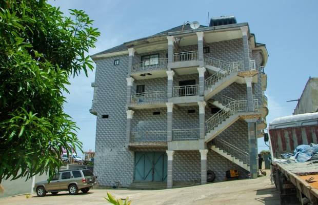 Photo #11 Multi-unit House for rent in Sierra Leone, Angola Town, 3 main motor Road, (New Jersey) Peninsular